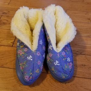 Vintage Faux Sheep Comfy Floral Slipper Booties